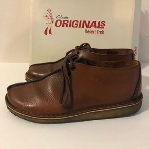 Clarks Shoes - Clark's Desert Trek Size 8.5